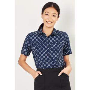 Womens Easy Stretch Daisy Print Short Sleeve Shirt